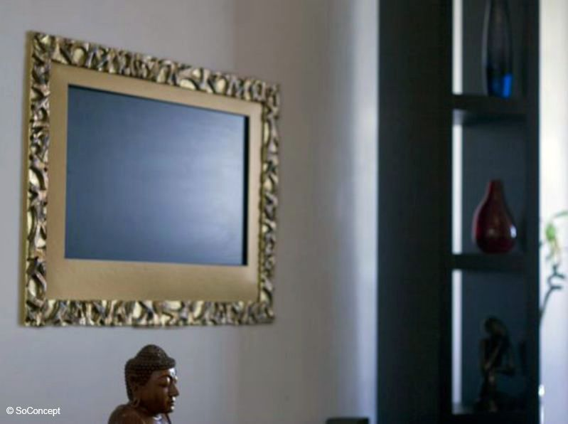 3) Je dissimule ma TV dans un meuble, derrière un cadre ou un miroir ! (image_4)