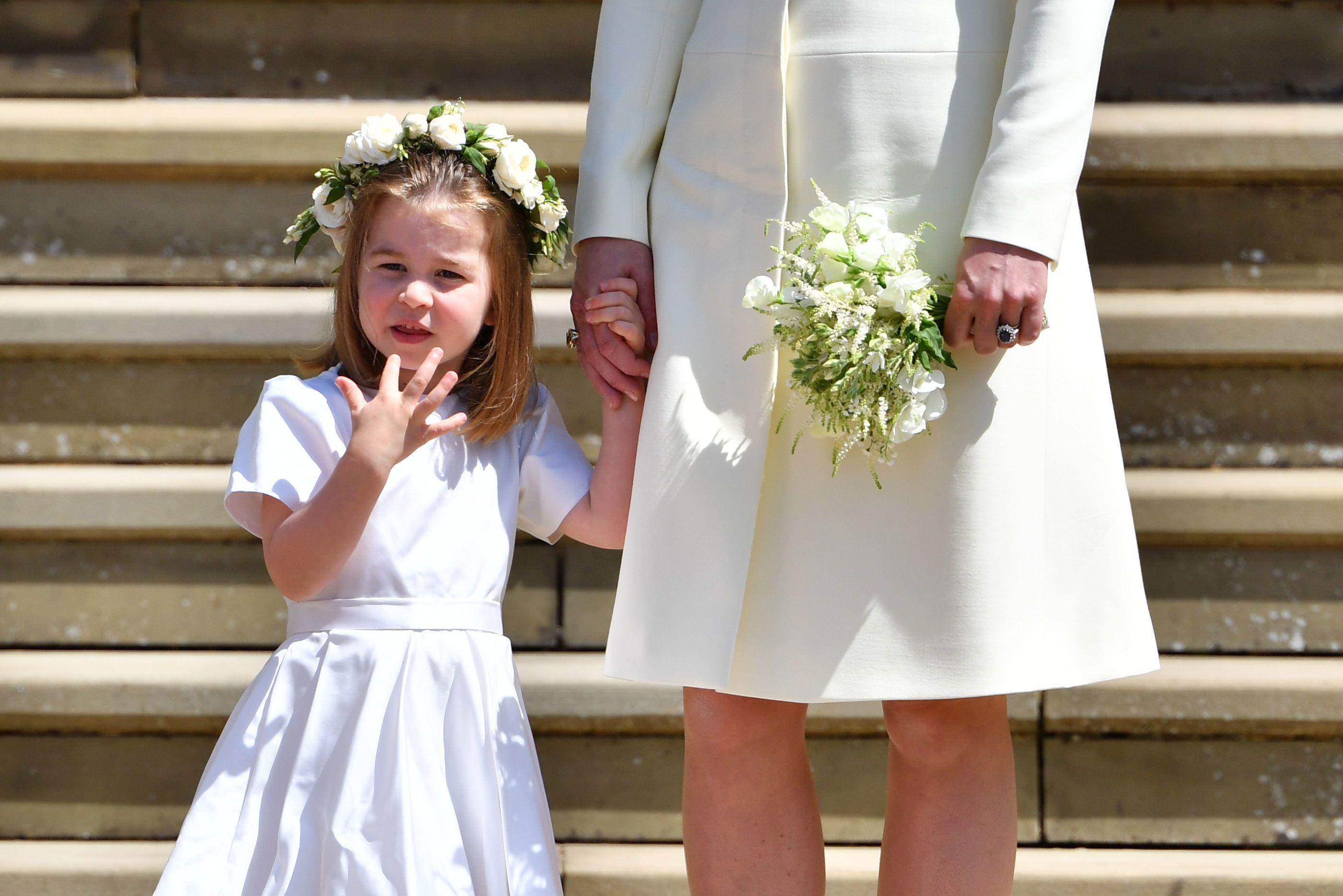 On sait pourquoi Kate Middleton portait un diamant jaune au royal ... a25f5862042