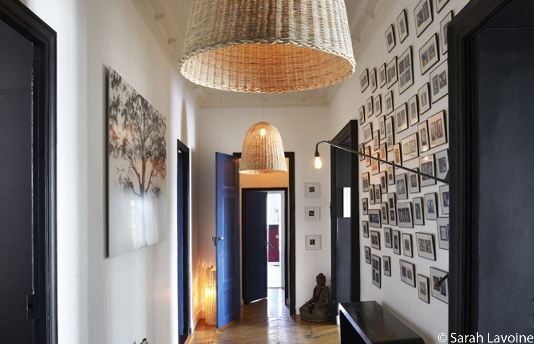 cadres-mur-couloir