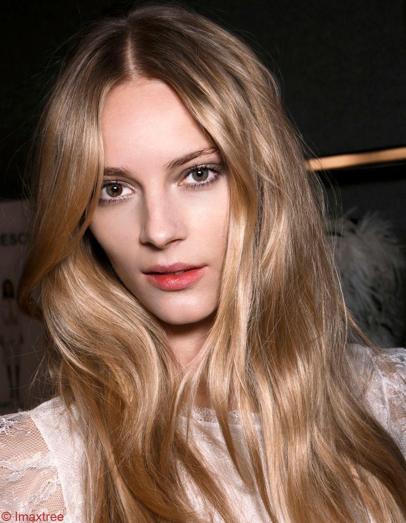 comment-avoir-de-beaux-cheveux-blonds