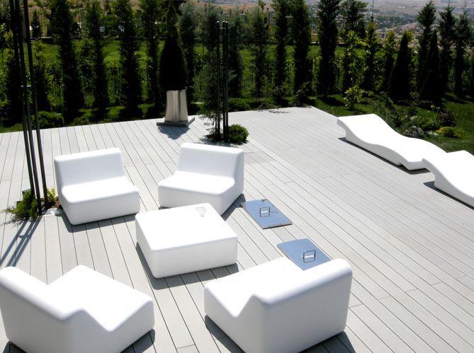 Construction de l'escalier en bois de la terrasse (image_2)