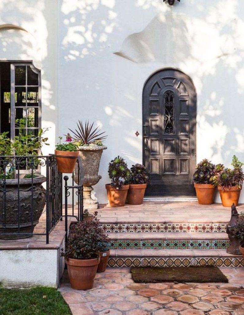 Salon De Jardin Carreau De Ciment décorez votre escalier extérieur pour un jardin plein de