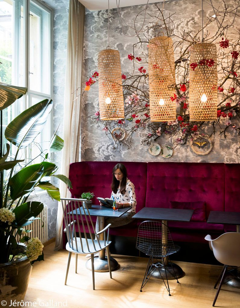 Fauteuil Rouge Cafe Boheme Prague