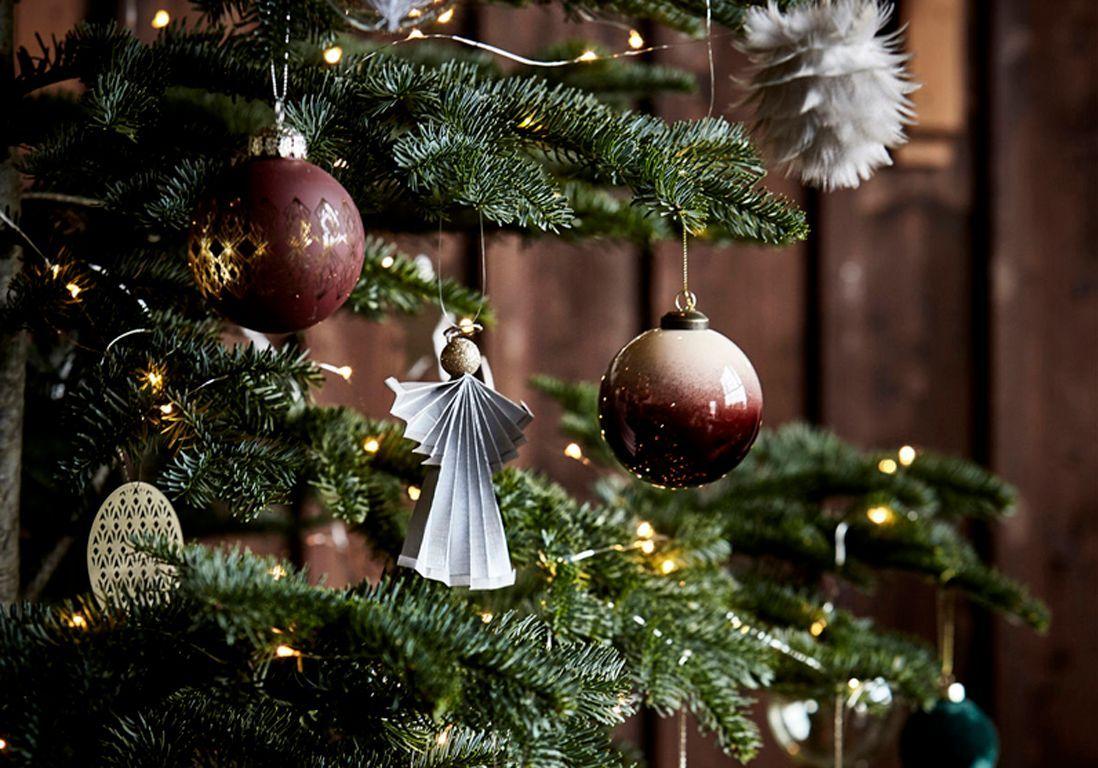 Decore En Rouge Et Blanche Sapi De Noel