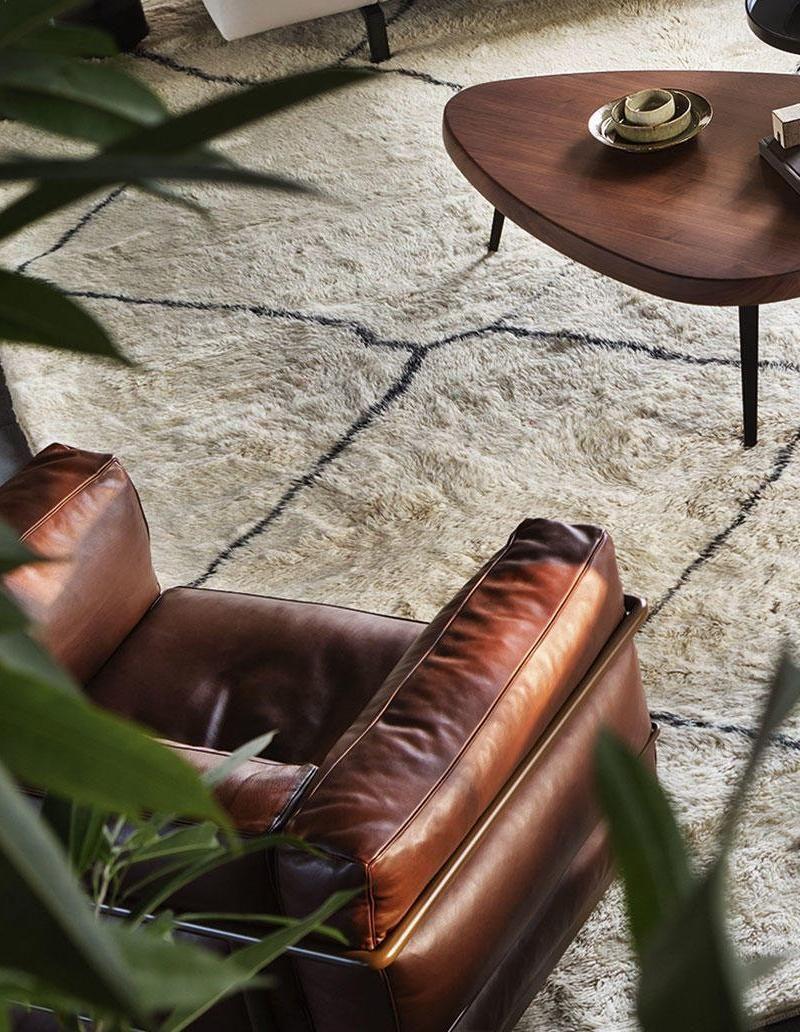 idée 2 (fauteuil Le Corbusier chez Cassina)