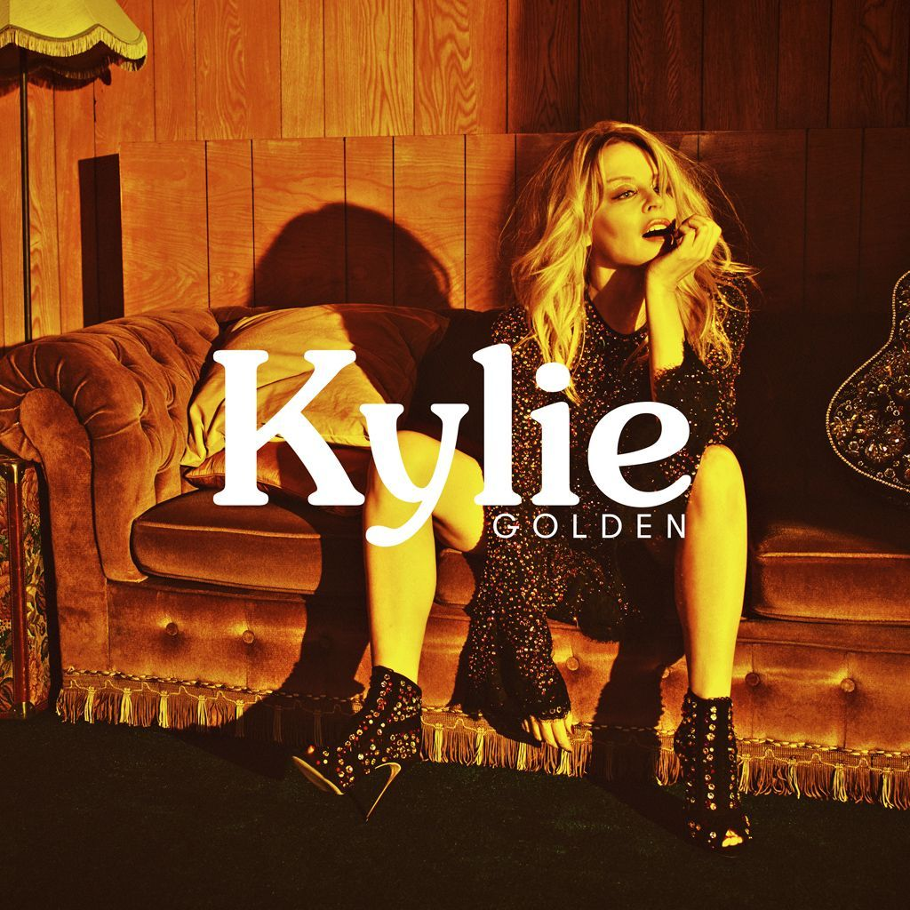 KYLIE_GOLDEN_PACKSHOT