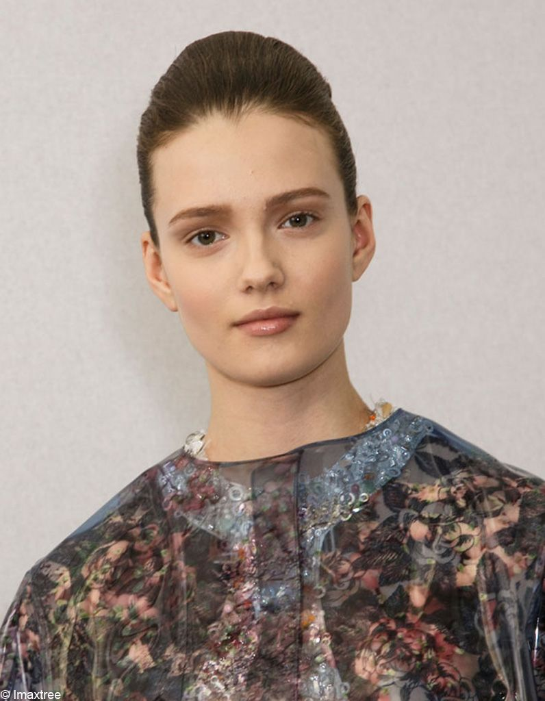 Le look beauté Dior Couture Printemps-été 2015-Imaxtree