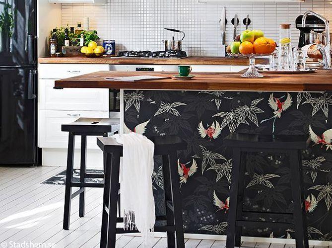 Le papier peint dans une cuisine, ça change tout ! (image_5)