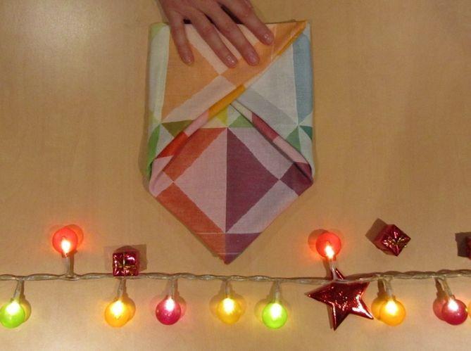 Le plus poétique : plier sa serviette comme une enveloppe (image_3)