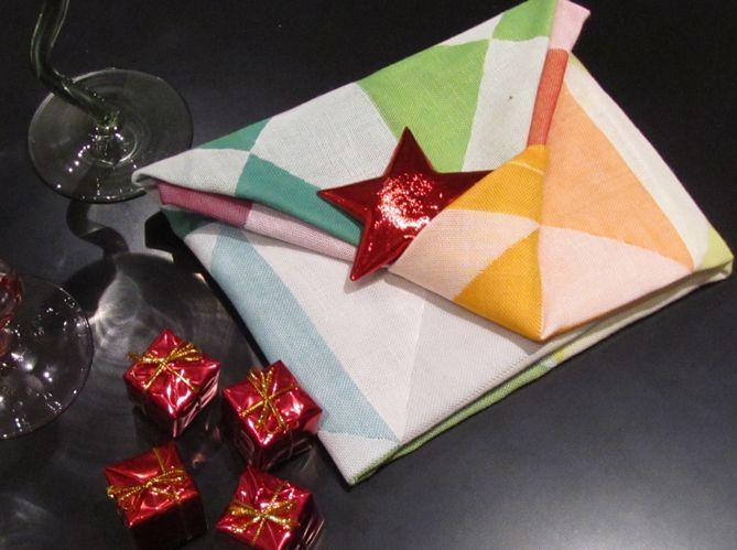 Le plus poétique : plier sa serviette comme une enveloppe (image_5)
