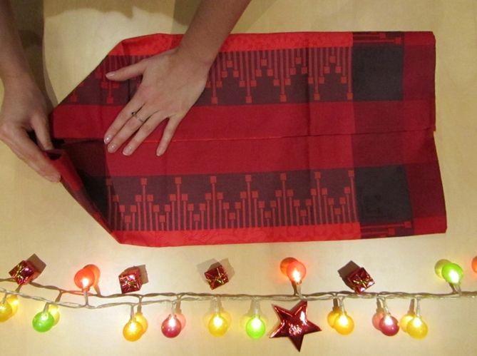 Le plus pratique : plier sa serviette comme en écrin pour ses couverts (image_2)