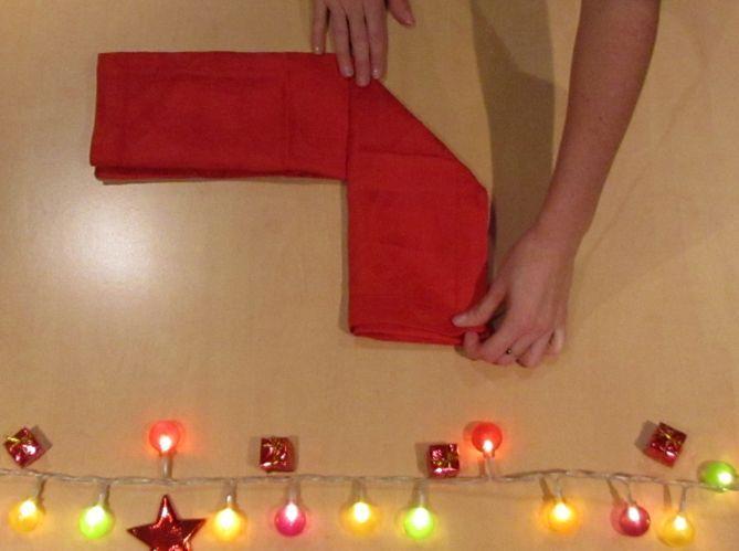 Le plus romantique : plier sa serviette en coeur (image_2)