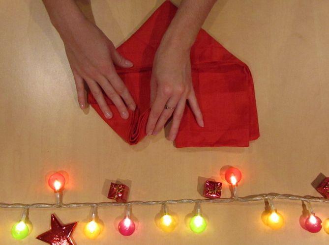 Le plus romantique : plier sa serviette en coeur (image_4)