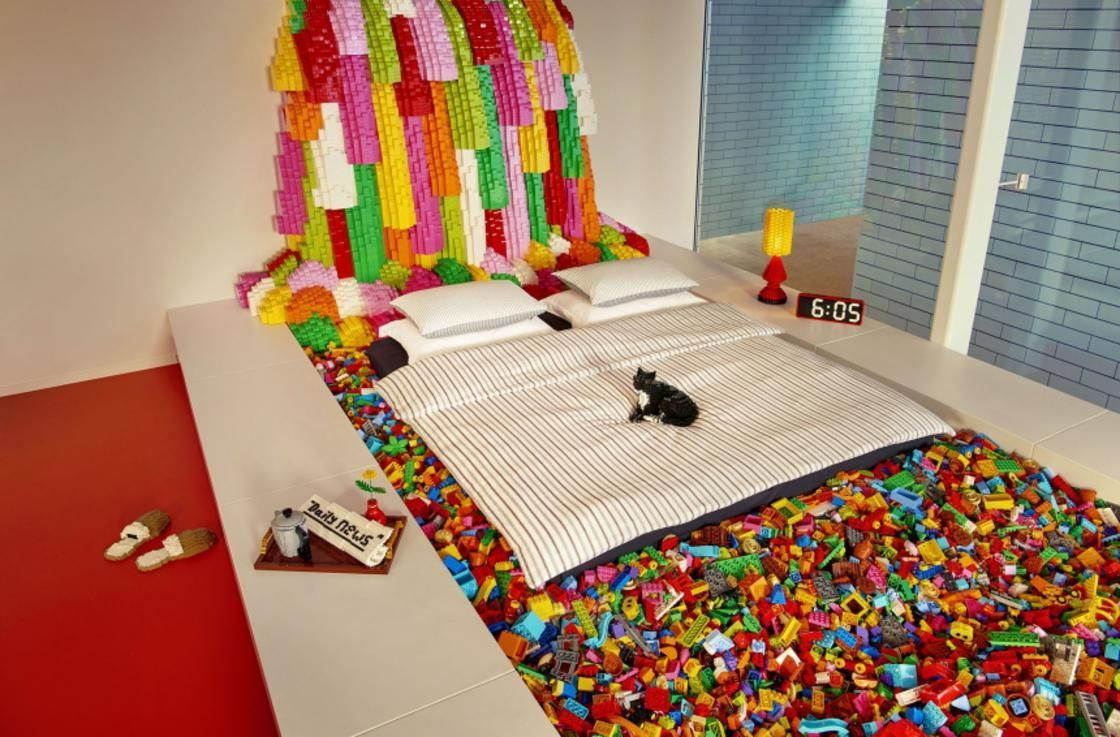 lego-bedroom-airbnb-5