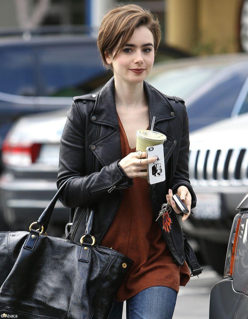 Lily Collins les cheveux courts
