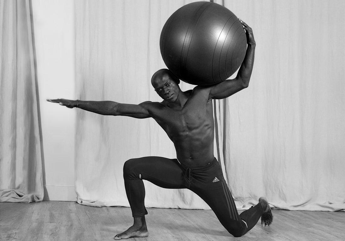 magoma-likale-prof-body-enhance-tigre-yoga-club-paris