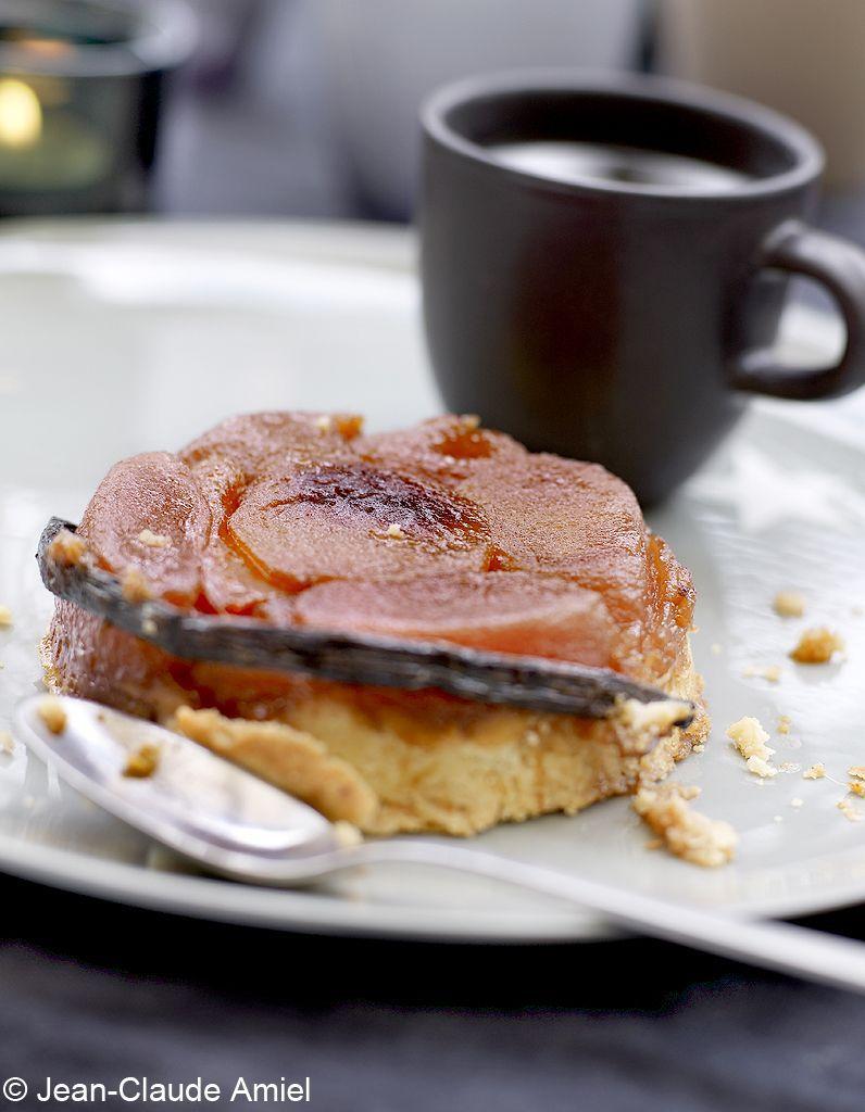 Mini-tatins-de-pommes-poires-et-mangue-sorbet-champagne-rose