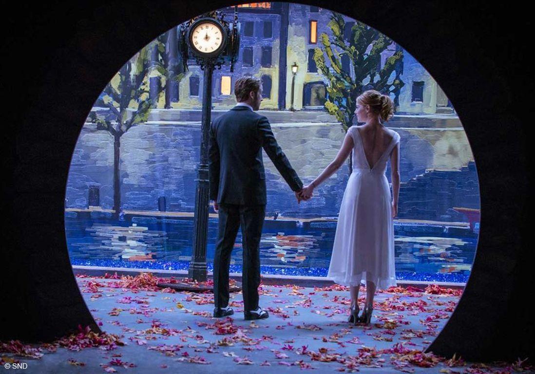 Ryan Gosling et Emma Stone de dos