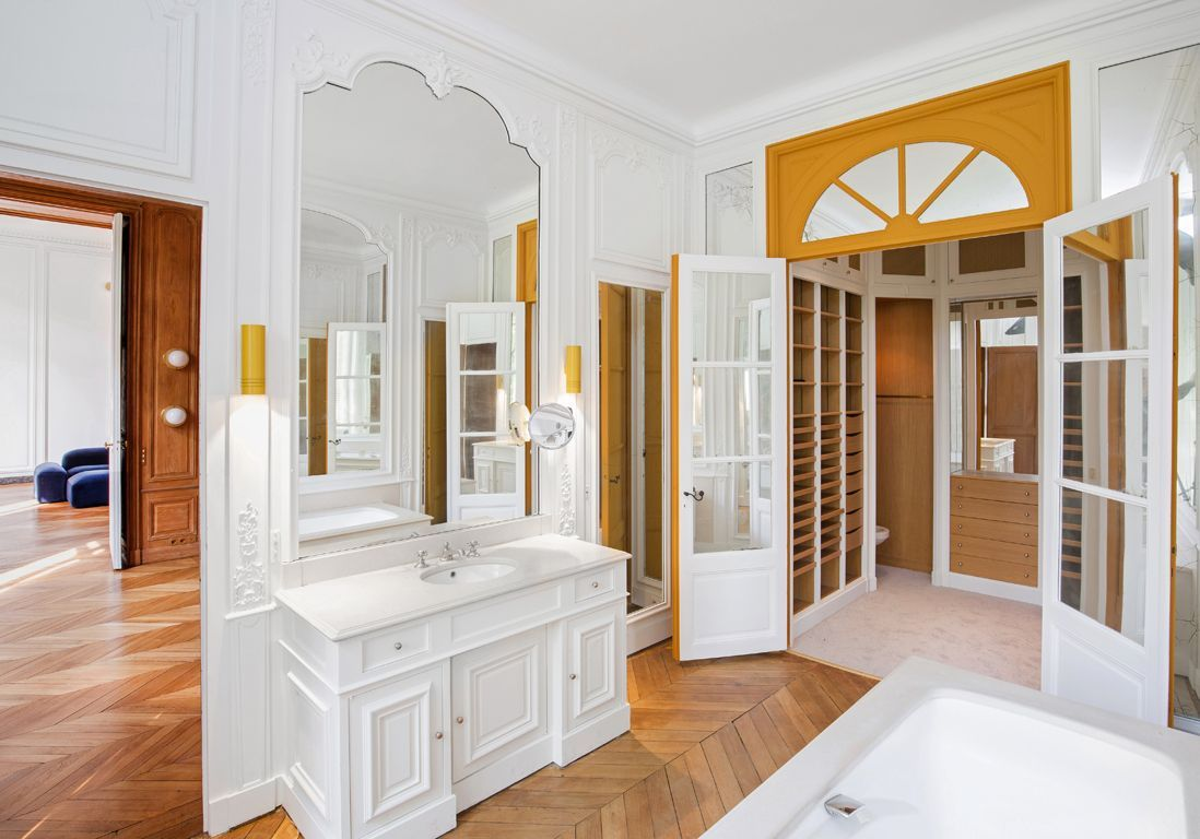 salle de bains appartement coco chanel
