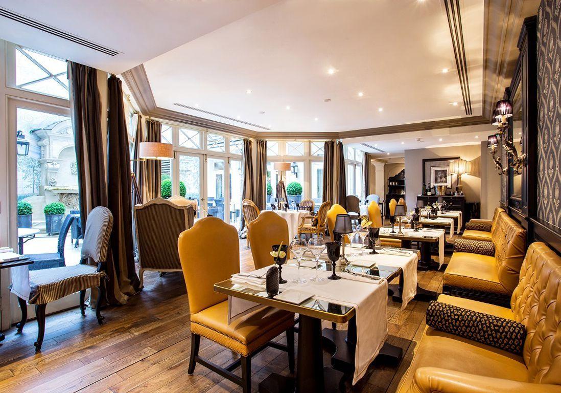 Starhotels Castlle Paris Assaggio ok
