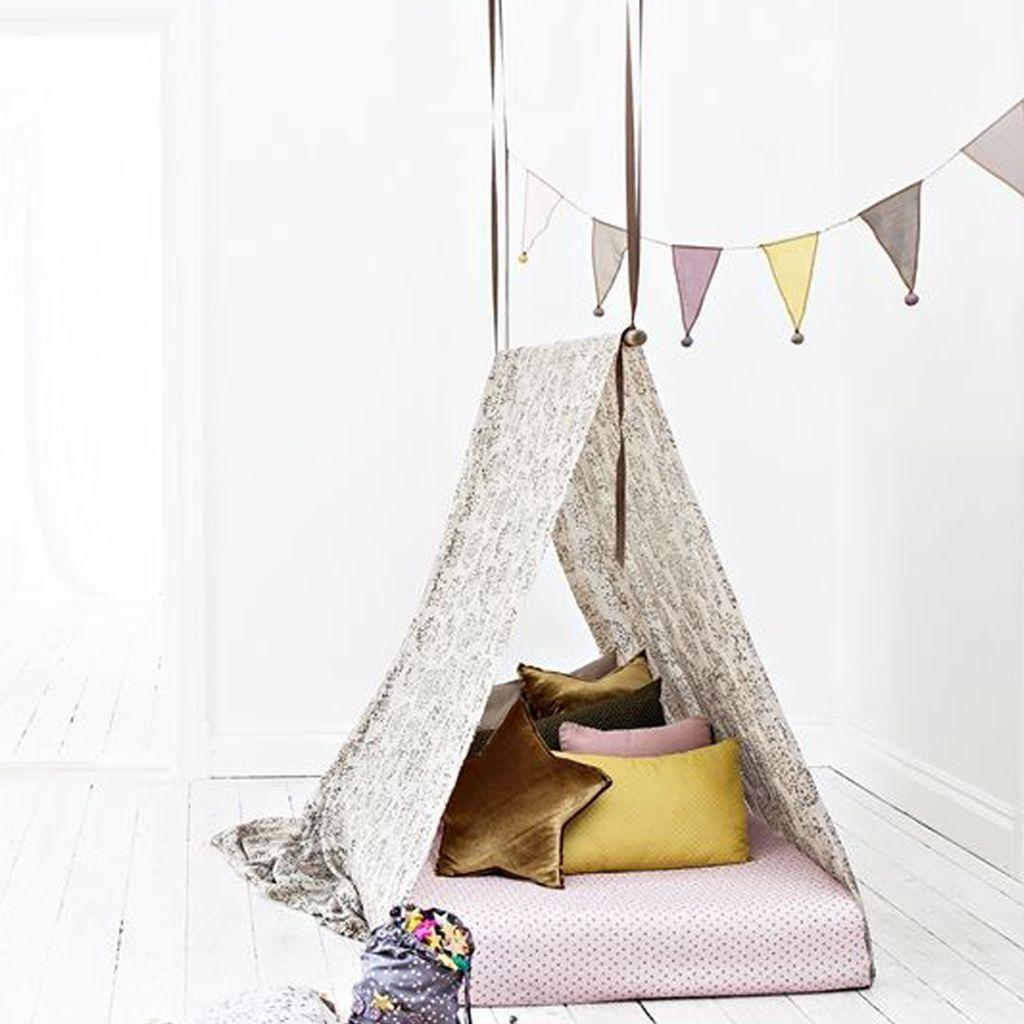d coration tipi pour chambre d 39 enfant elle d coration. Black Bedroom Furniture Sets. Home Design Ideas