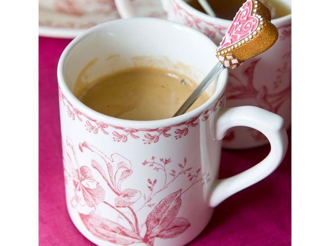 Un tea time rose et fleuri, très british (image_2)