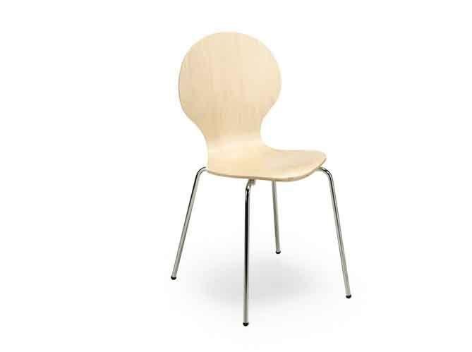 Une chaise au design scandinave (image_2)