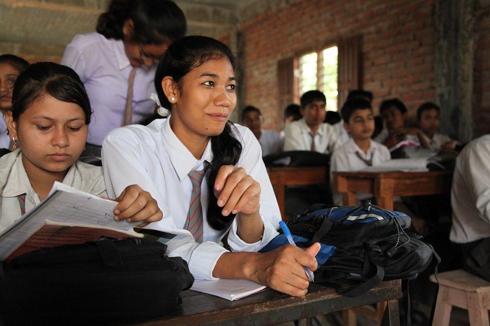 Urmila Chaudhary, à 20 ans, a enfin accès à l'école © Plan International