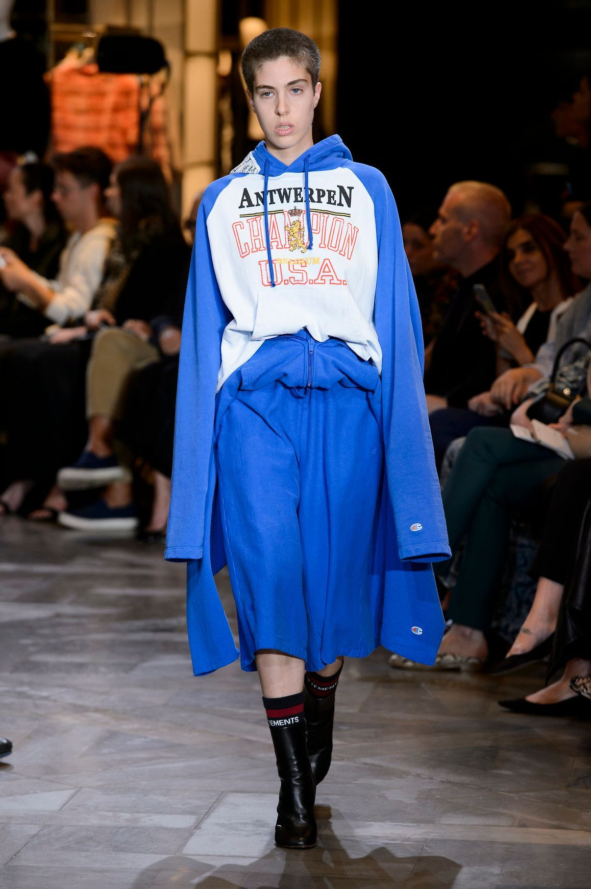 Vetements_S17_086