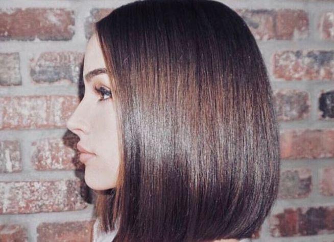 Oserez-vous le « Glass Hair », la nouvelle tendance cheveux qui fait l'unanimité chez les stars ?