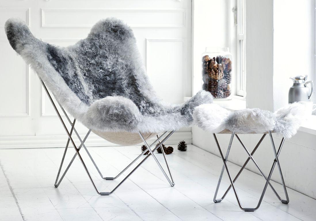 On se love dans un fauteuil cosy