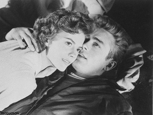 James Dean et Natalie Wood dans La Fureur de vivre