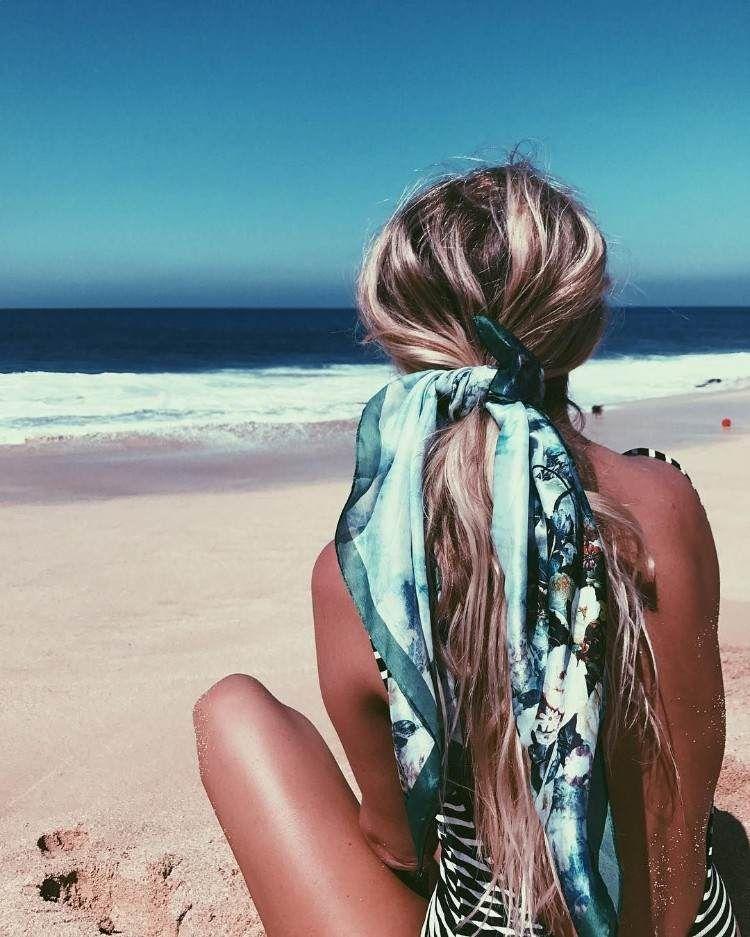 coiffure-plage-avec-foulard-tendance-coiffures-estivales-2018