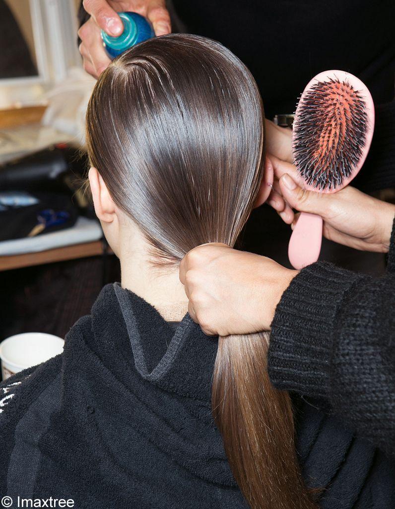 Les-cheveux-brillants-au-défilé-Lacoste