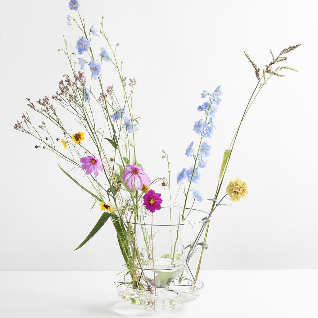 vase hidden