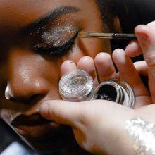 Fashion Week : comment les paillettes illumineront l'été 2015