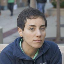 La première lauréate de la médaille Fields saluée par Najat Vallaud-Belkacem