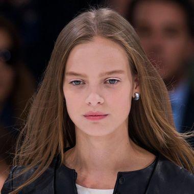 Bienvenue dans les coulisses du défilé Dior
