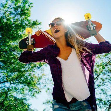 Faire des squats avec une planche de skate : la technique qui buzze !