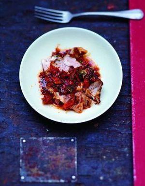 Agneau rôti et sauce piquante