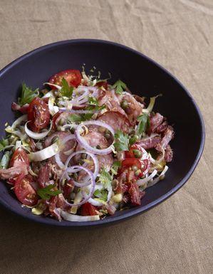Petit salé croustillant en salade