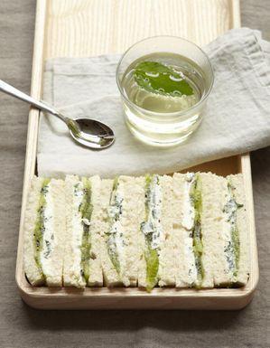 Petits sandwiches au kiwi