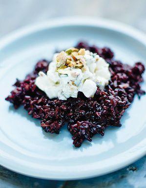 Riz noir aux navets et aux pistaches