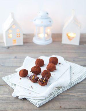 Truffes au chocolat noir aux éclats d'orange confites