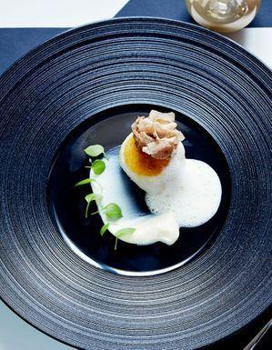 Melba de noix de saint-jacques, purée de panais, émulsion toastée de Mathieu Pacaud
