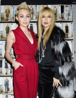 Les stars aux premiers rangs des defiles de la Fashion Week de New York