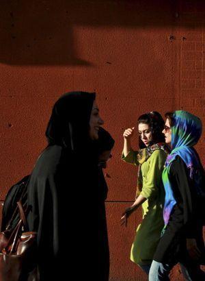 En Iran, les femmes «mal voilées» attaquées à l'acide