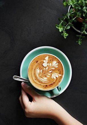 Latte art : ces 40 photos de dessins sur des cafés vont vous bluffer
