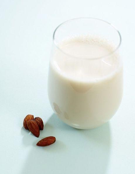 Le lait d'amande est-il vraiment bon pour nous ?