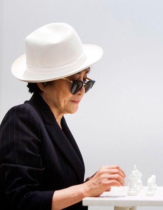 Yoko Ono : l'icône séduit toujours